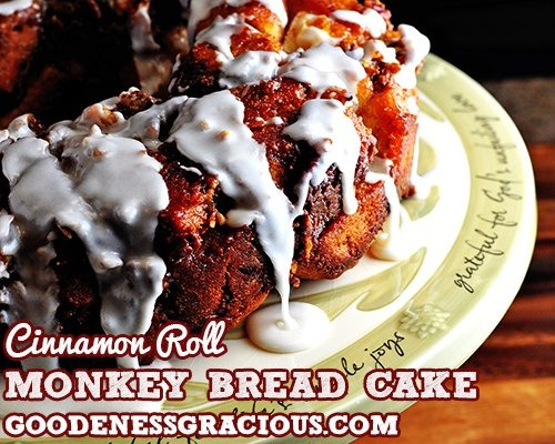 Cinnamon Roll Monkey Bread Cake